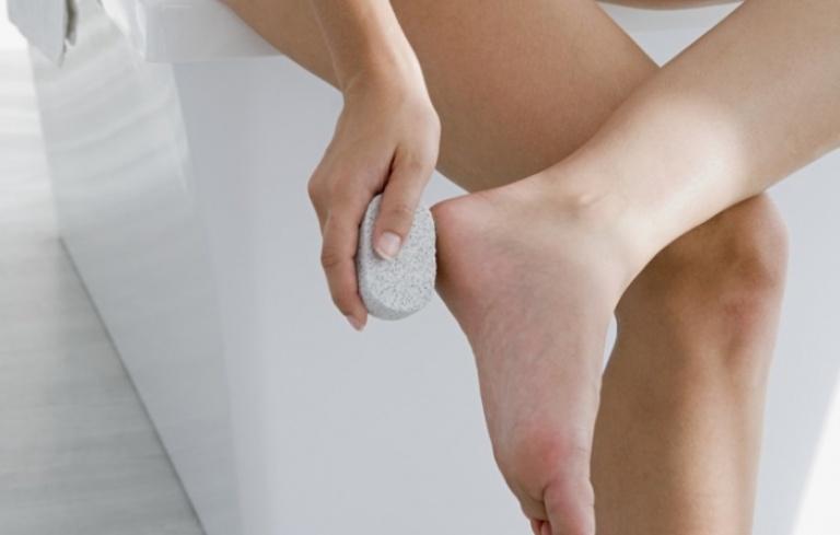 Почему у беременных чешутся ноги и руки 440