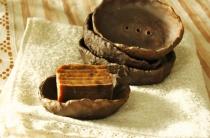 Дегтярное мыло от потливости: свойства продукта и правила его применения