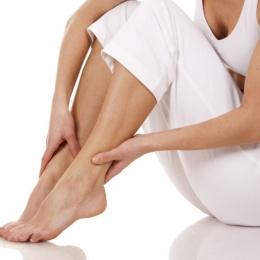 Главные причины повышенной потливости ног у женщин