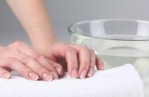 Как избавиться от потливости рук: полезные советы