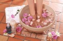 Ванночки от потливости ног: эффективные и проверенные рецепты