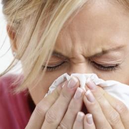 Потливость при простуде: особенности потоотделения и способы лечения