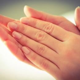 Основные причины потливости ладоней и методы ее устранения