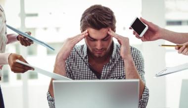 Потливость при стрессе: особенность возникновения и методы лечение