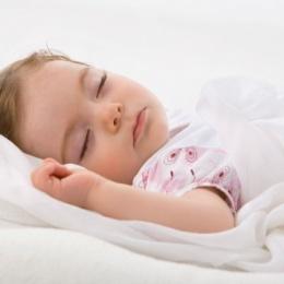 Повышенная потливость у ребенка 5-ти лет: причины и способы устранения проблемы